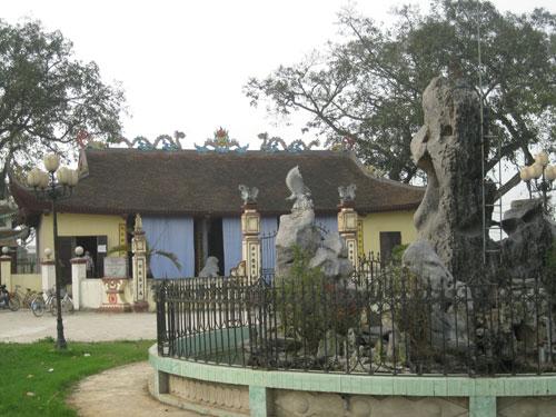Đền thờ Thánh Tổ Nghề May